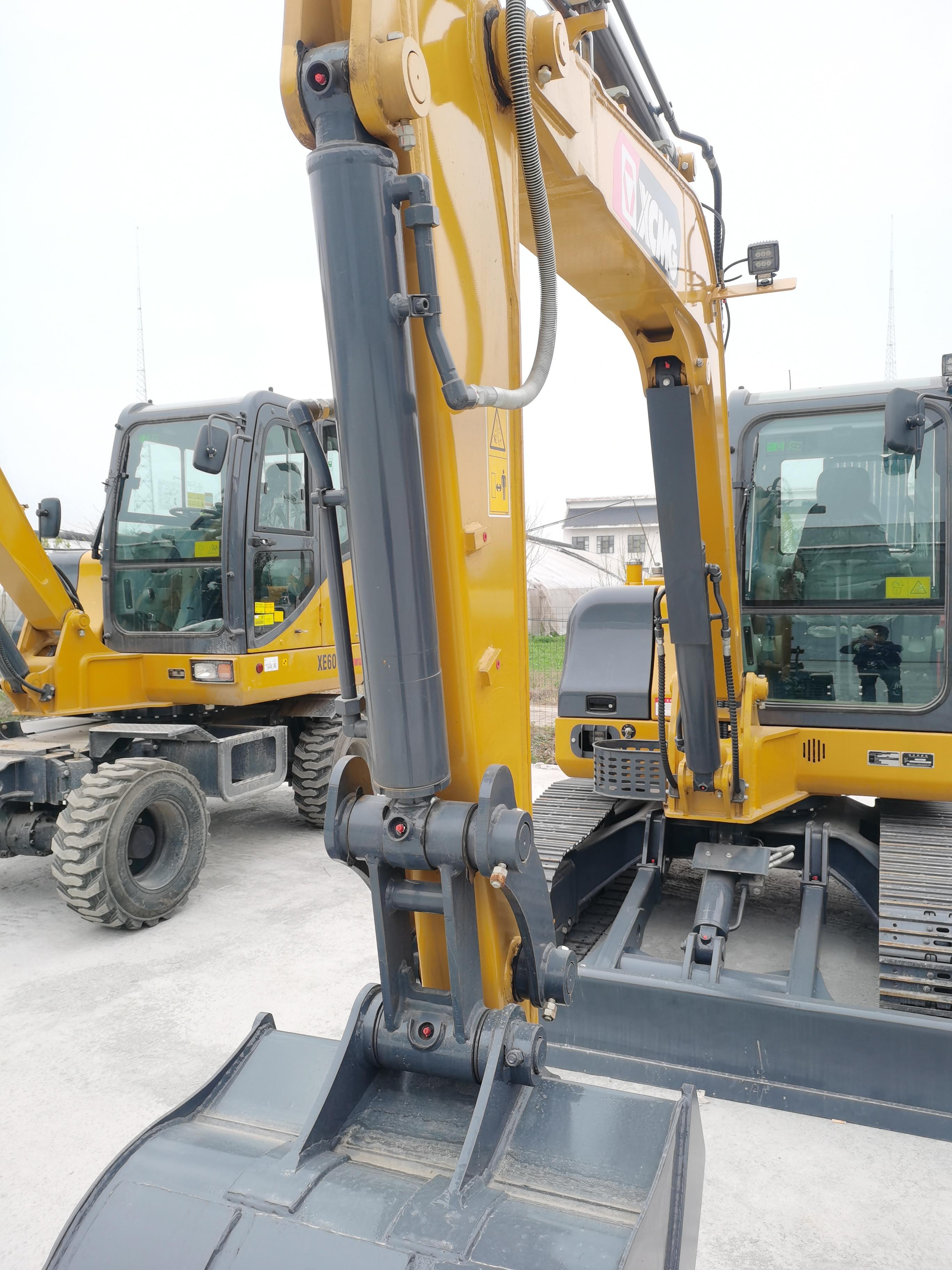 徐工  XE60D  挖掘机