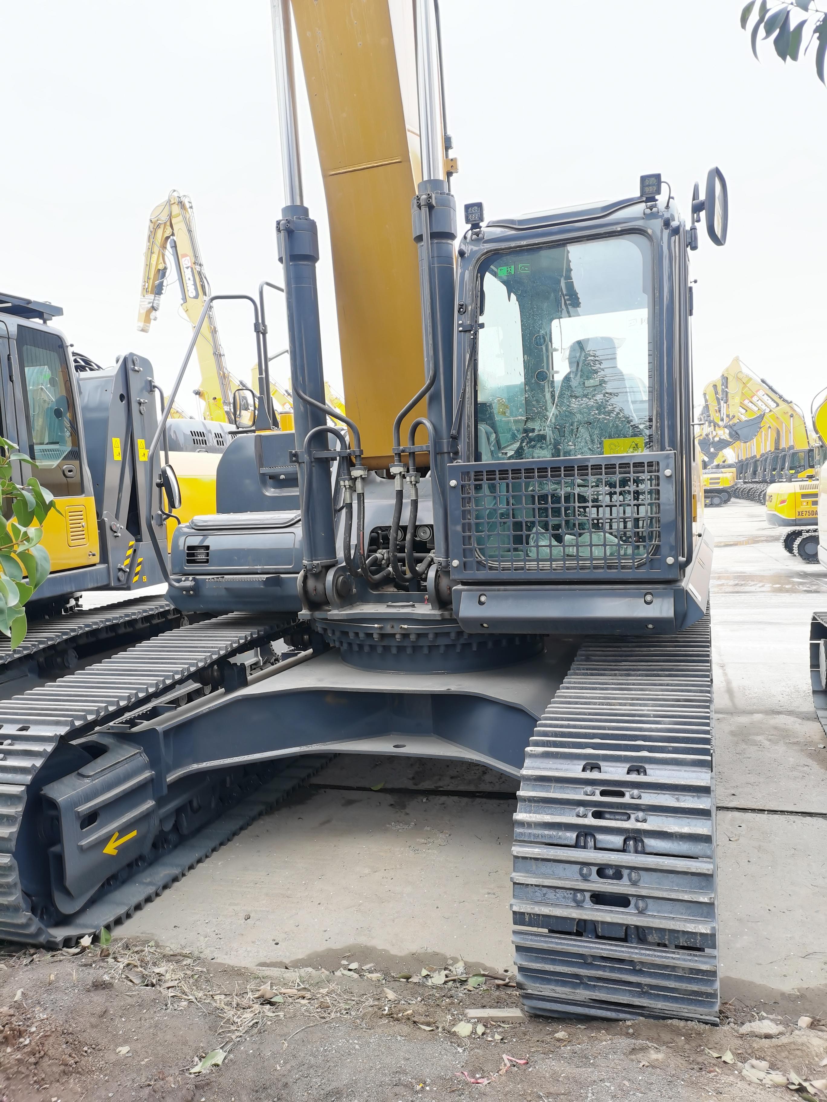 徐工  XE380DK  挖掘机