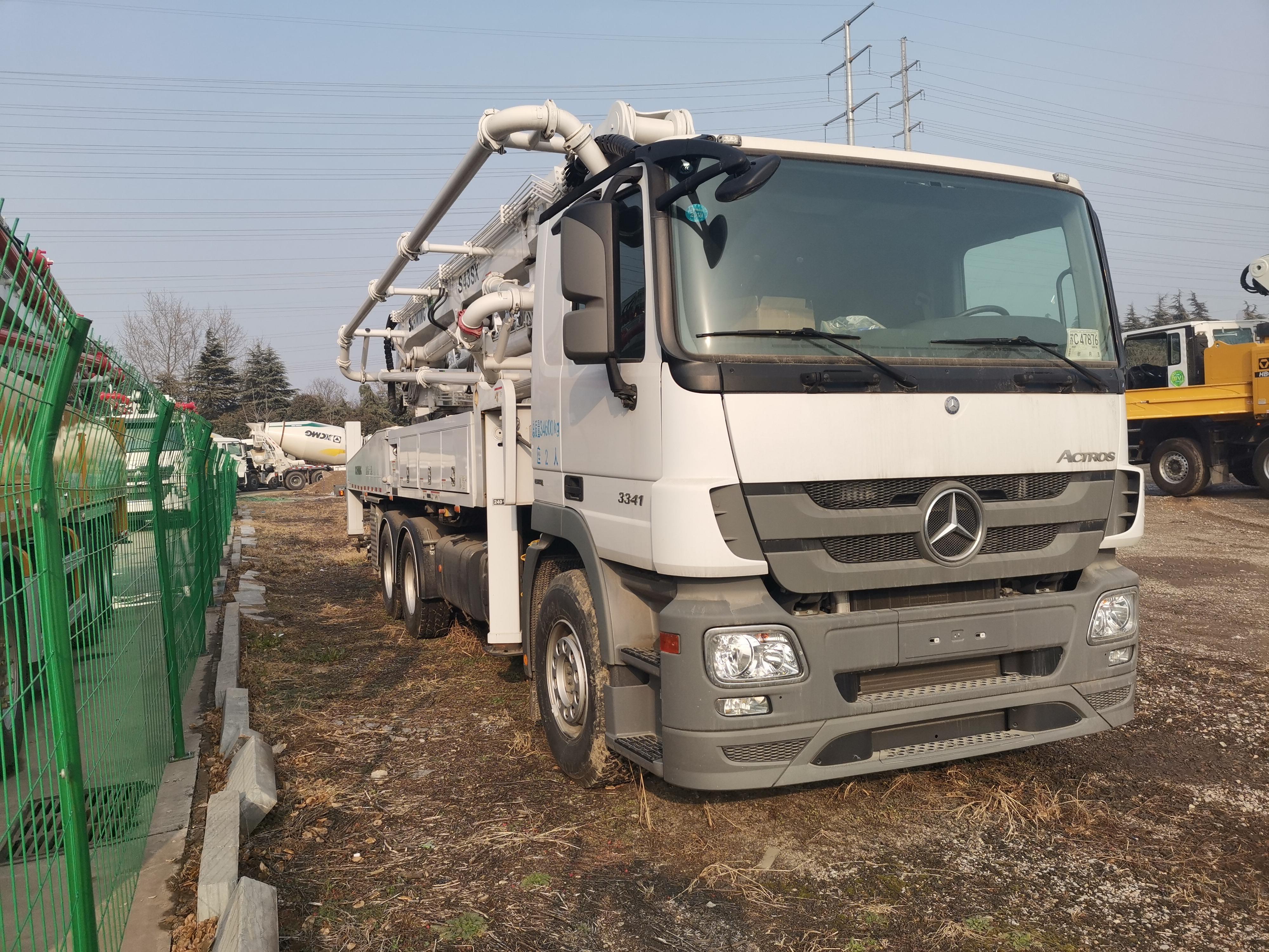 徐工  HB43  泵车